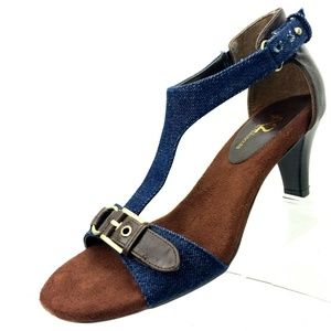 A2 Lollipowp Sandals Size 6 Buckle T Ankle Strap
